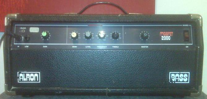 Alron Bass guitar amplifier